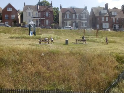 MMM_Cliffe Road Playpark changes (Jenny Holliday)